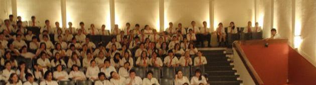 Jóvenes de la Escuela Normal Juan Bautista Alberdi