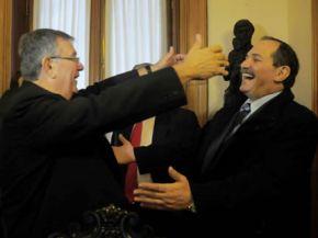 Con Monseñor Zecca, el arzobispo de Tucumán